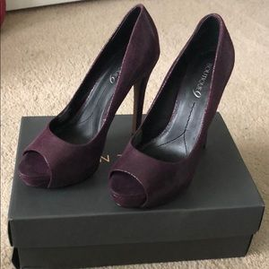 (MOVING SALE) Women's platform heels